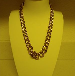 Monet Tapered Chain Link Necklace